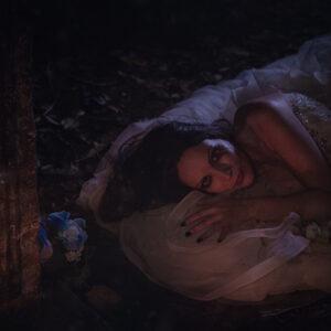 Graveyard bride 16 - Darkness Art